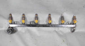 BMW M30 3.5L 6-Cylinder Fuel Delivery Rail w Injectors Missing Tips 1988-1993 OE