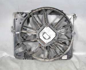 BMW E90 E92 E88 N52 600W Factory Bosch Electric Engine Cooling Fan w Shroud USED