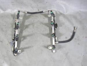 BMW N62N N62TU V8 Fuel Delivery Rail w Injectors Set of 8 2006-2010 USED OEM