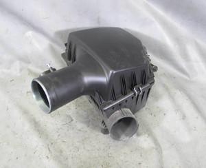 BMW E60 550i E63 650i N62N 4.8L V8 Factory Air Filter Housing Intake Muffler OEM