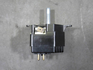 Damaged BMW E28 E24 Late Model Blower Motor Speed Adjustment Switch Unit 1983-89