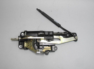 BMW E46 3-Series Convertible Right Front Soft Top Closing Latch w Cracks USED OE - 14131