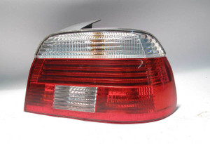 BMW E39 5-Series Right Rear Tail Light Lens White Clear 2001-2003 USED OEM - 4070