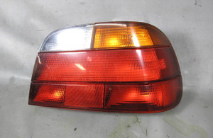 BMW E38 7-Series Early Factory Right Tail Light Lamp Amber 1995-1998 USED OEM - 11454