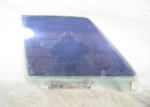 1975-1977 BMW E12 5-Series Right Front Passengrs Window Glass Pane OEM - 20733