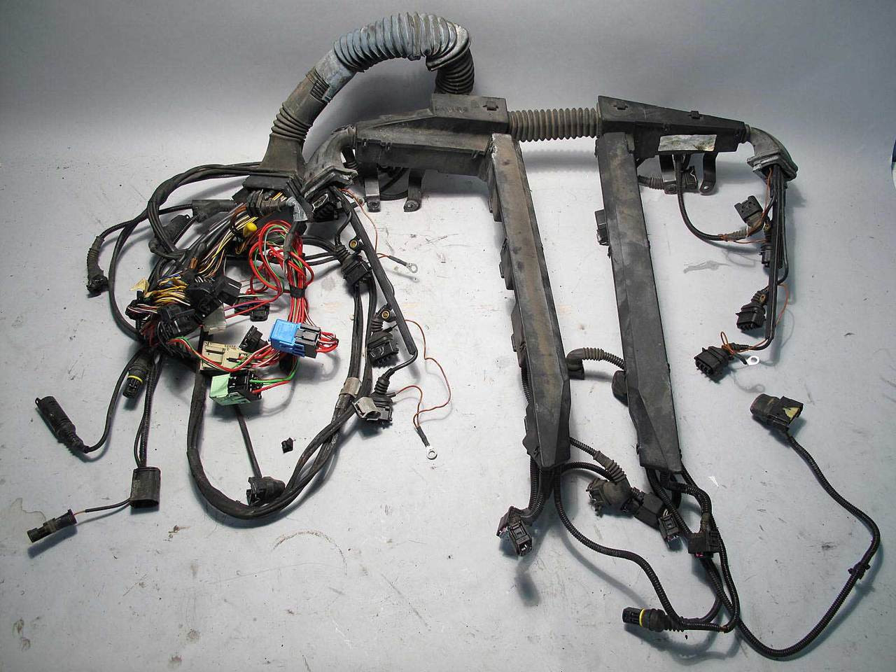 2000 Bmw E39 M5 M S62 Engine Wiring Electrical Harness Complete Wire Uncut Used Img