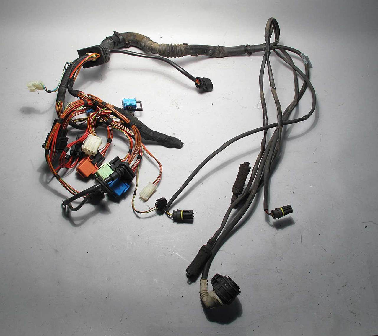 bmw z3 roadster coupe m54 automatic transmission wiring harness 2001 rh prussianmotors com bmw z3 stereo wiring harness BMW Battery Wiring Harness