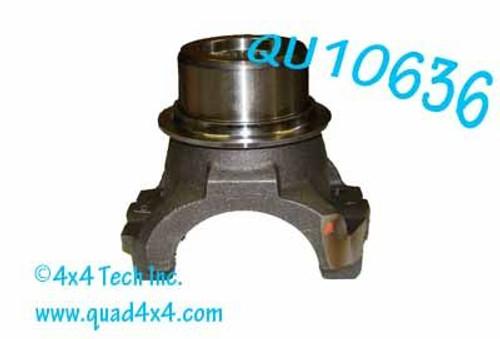 QU10636 PINION YOKE W/SLINGER