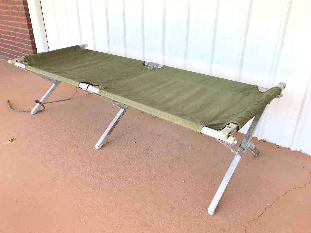 genuine military issue folding cot tri fold usa made vg used sgt troys
