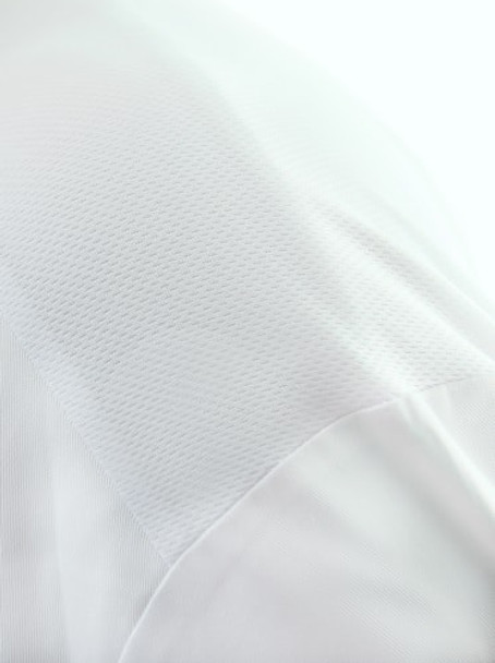 CC650 - White