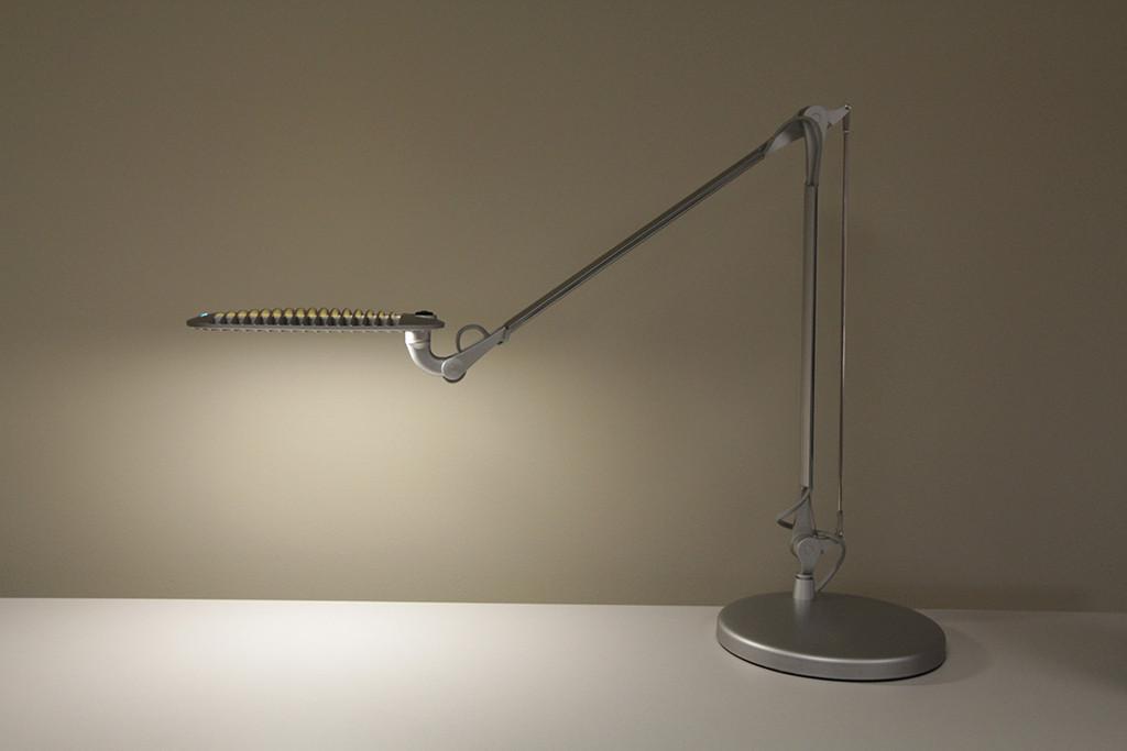 Wave Light LED Task Lighting (WL01)