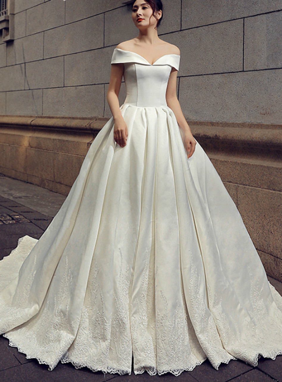 White Ball Gown Satin Off The Shoulder Lace Appliques Wedding Dress