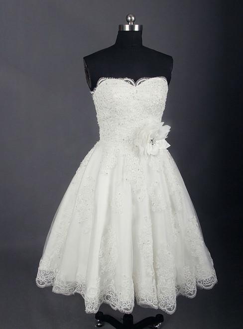 2018 Vintage Tea Length Lace Short Wedding Dress