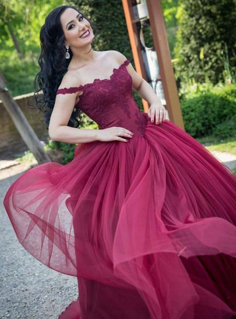 burgundy wedding dresses lace appliques wedding dress