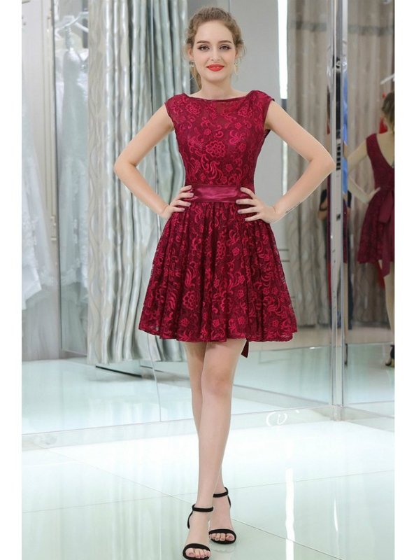 Burgundy Lace Knee Length Backless Cocktail Dress