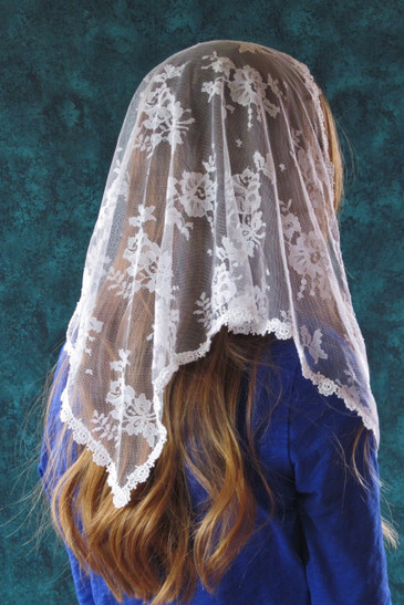 White Triangle Chantilly Lace Mantilla - Veils by Lily