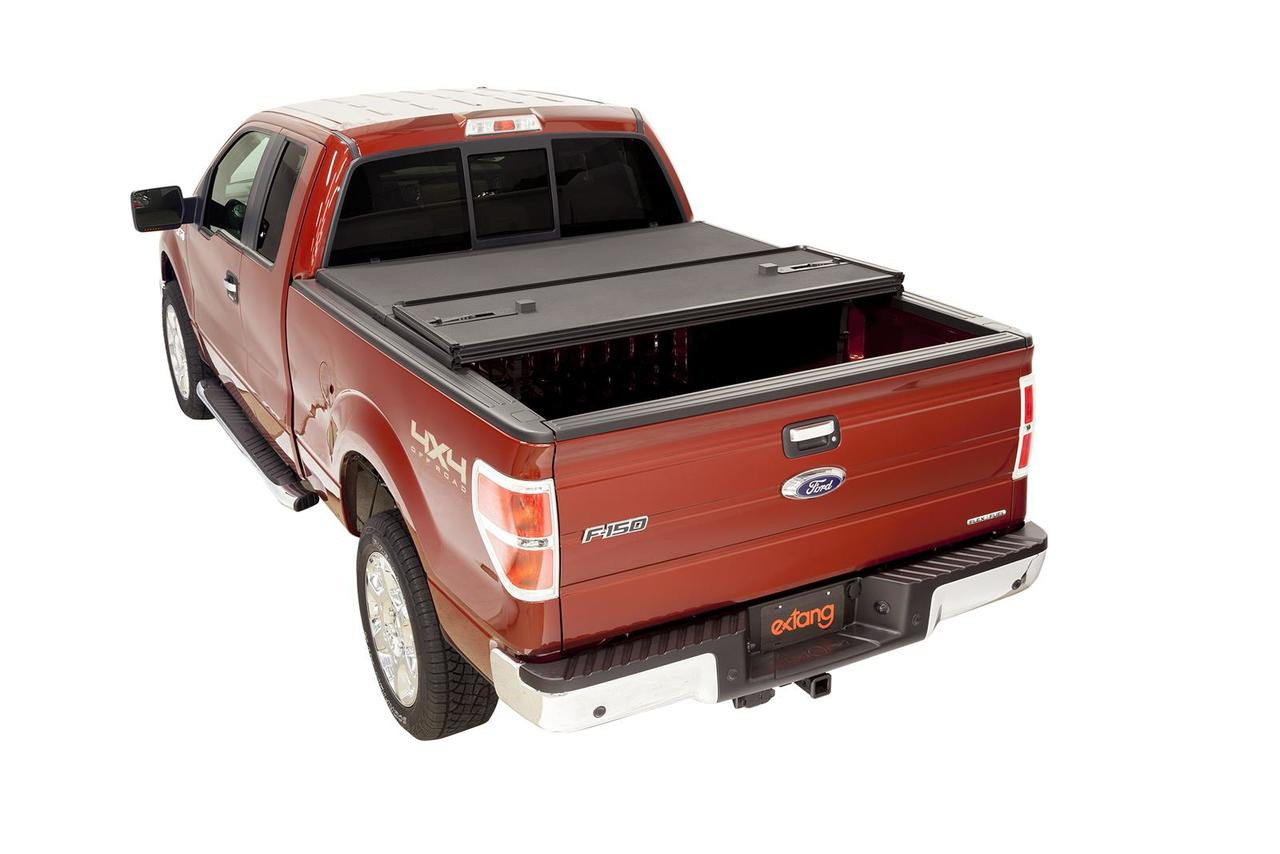 Extang Solid Fold 2.0 Tonneau Covers Ford F-150 5.5 Ft Bed 83475