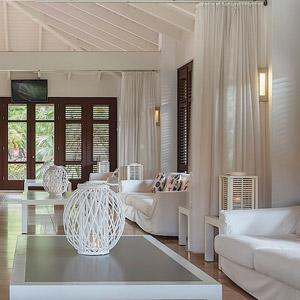 Floris Suite Hotel Bedding By DOWNLITE