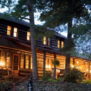 Gateway Lodge Bedding By DOWNLITE