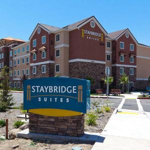 Staybridge Suites Hotel Bedding By DOWNLITE