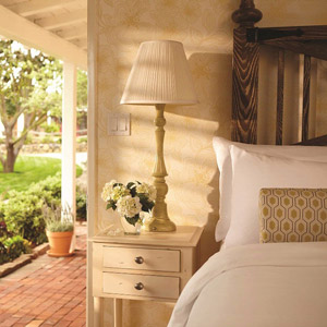 The Inn At Rancho Santa Fe Bedding By DOWNLITE