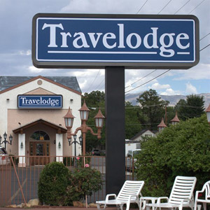 Travelodge Hotel Bedding By DOWNLITE