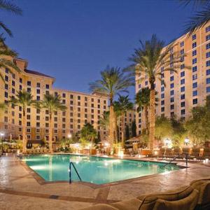 Wyndham Grand Resort Bedding By DOWNLITE