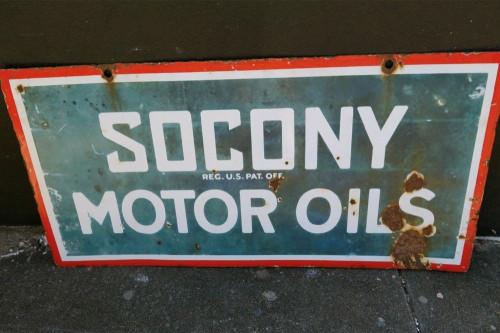 RARE c1920's USA SOCONY MOTOR OILS LARGE & HEAVY ENAMEL DOUBLE SIDED SIGN