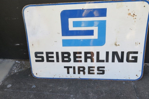 SCARCE c1950's AMERICAN SEIBERLING TIRES LARGE 91CMS ADVERTISING SIGN.