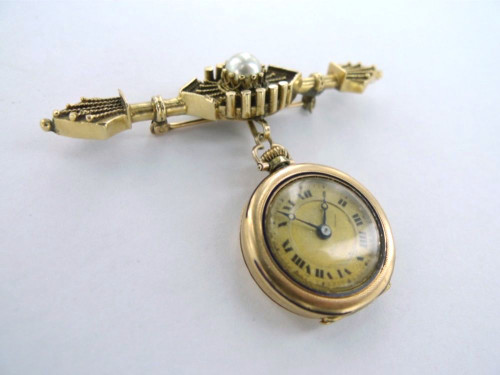 Stunning early 1900s 14k gold & pearl ladies brooch watch in working order