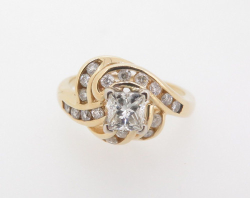 14k Gold 0.83ct Diamond Cluster Ladies dress ring, valuation $4890