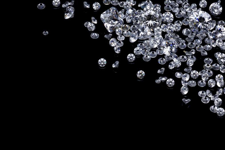 Diamond Clarity and Colour Explained