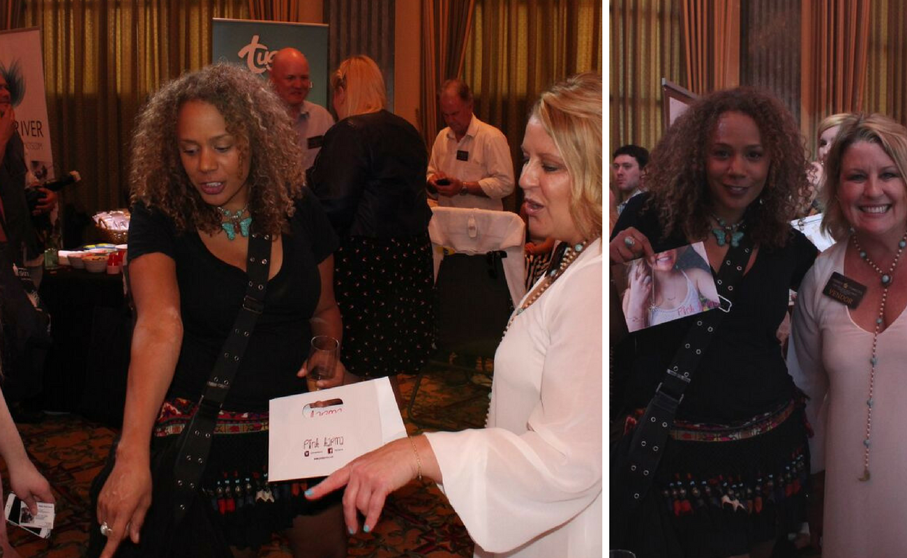 Actress, Rachel True oohs and aahs over the collections we debuted at Celebrity Connected's Luxury Oscar Gifting Suite in 2016. She poses for a picture with our owner and designer Pam Favero Mills. Pink Karma debuted their new line at Celebrity Connected's Luxury Oscar Gifting Suite in 2016.