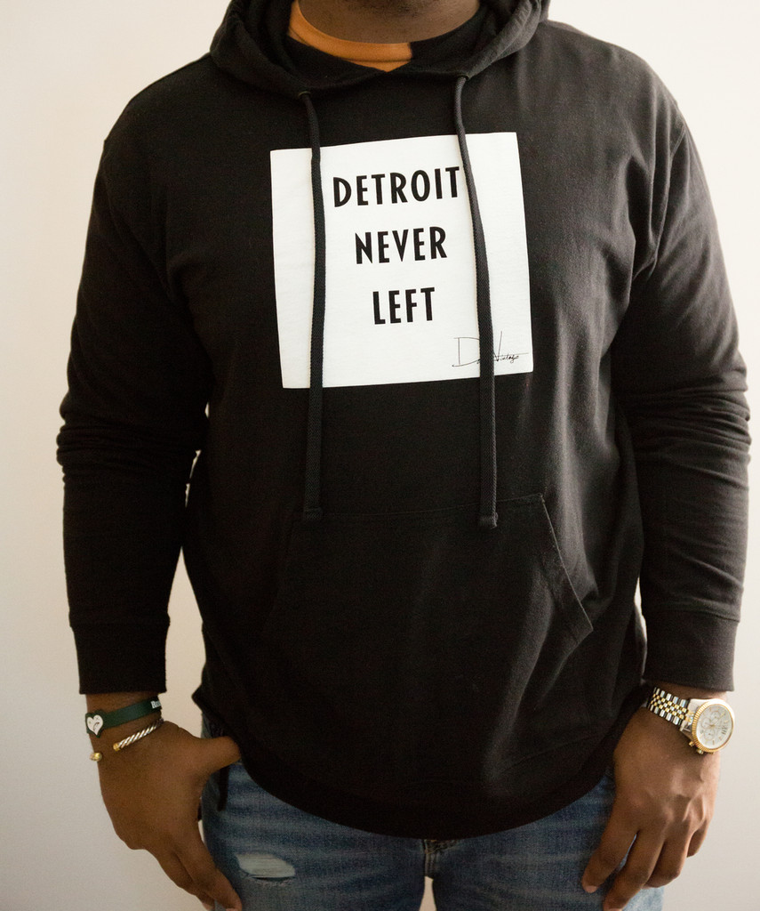 Detroit Never Left™ Unisex Hoodie - Black/White