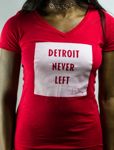 Detroit Never Left™ Wmns Vneck – Red/White