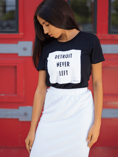 Detroit Never Left™Wmns Tee - Black/White