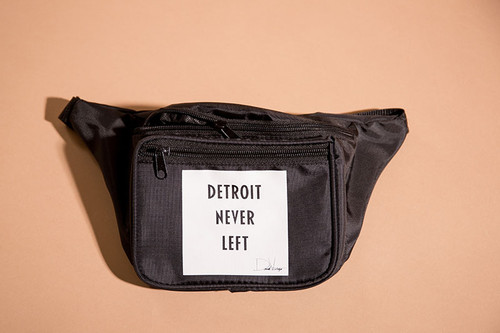 DETROIT NEVER LEFT™ FANNY PACK - BLACK