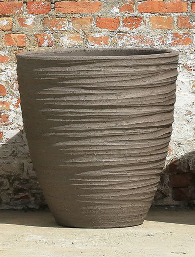 DALA POT / VASE              IN/OUTDOOR - TERRACOTTA  Our own high quality clay has a kaolin basis with special properties. While baking the clay will coalesce so that virtually no absorption of water is possible. Our terra cotta pottery absorbs no more than 3-4% of water. With this low percentage of water our potteries are guaranteed frost proof.