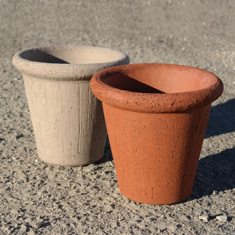 ANTWERP POT, IN/OUTDOOR - TERRACOTTA  Our own high quality clay has a kaolin basis with special properties. While baking the clay will coalesce so that virtually no absorption of water is possible. Our terra cotta pottery absorbs no more than 3-4% of water. With this low percentage of water our potteries are guaranteed frost proof.
