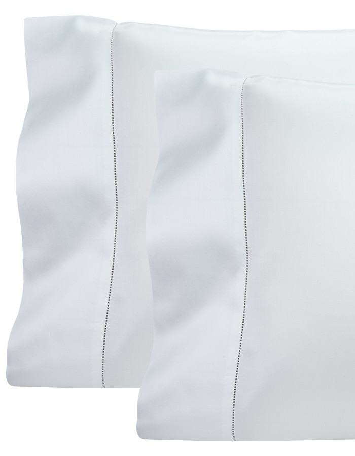 Luxury Italian (not China, India or Pakistan) bed sheets at true wholesale prices. Sleep in the finest bed sheets made… Serena offers a super soft hand and drape, at prices that are unmatched in the industry.
