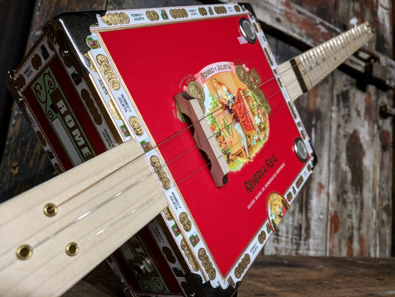 the-c.-b.-gitty-complete-diy-3-string-cigar-box-guitar-kit-fully-assembled.jpg