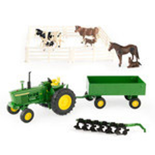 1:32 DIE CAST VALUE SET WITH ANIMALS