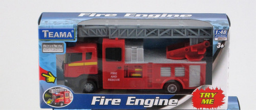 FIRE ENGINE RESCUE TRUCK - WITH EXTENDABLE LADDER