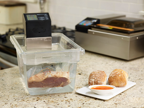 VacMaster SV1 sous vide machine cooking for the home kitchen