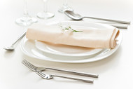 Choosing Wholesale table linens for your business