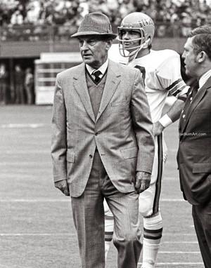 Cleveland Browns Paul Brown Football Photo Print 60 8x10-48x36