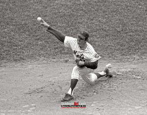 New York Mets Tom Seaver NY Baseball Pitcher Photo Art Print 8x10 or 11x14 or 40x30 StadiumArt.com Sports Photos