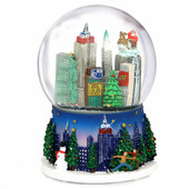 Christmas in New York Snow Globe