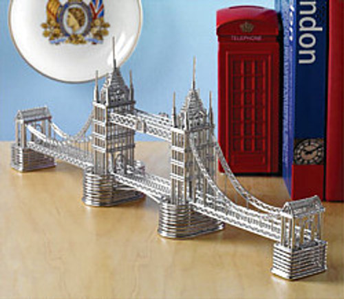 London's Tower Bridge Wire Model and statues