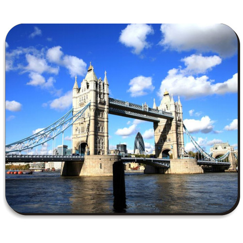 London's Tower Bridge Mousepad